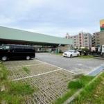 8月末に閉店した「ジャパン 甲子園店」の跡地には「ウエルシア薬局」ができるみたい