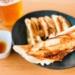 「餃子の雪松」の『餃子36個入り』(旧国道ぞい)【にしつーグルメ】